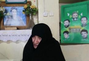 مادر شهیدان «سجادیان» به فرزندان و همسر شهیدش پیوست