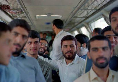 رزمندگان مخابراتی در اتوبوس مشهد