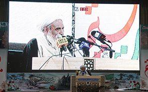 انقلاب اسلامی شخصیتهایی را ساخت که در دنیا کمنظیر بودند
